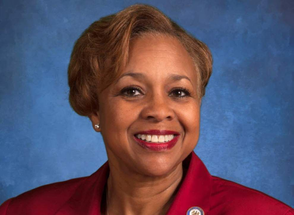 State Sen. Yvonne Dorsey-Colomb on the job while on the mend from back surgery _lowres