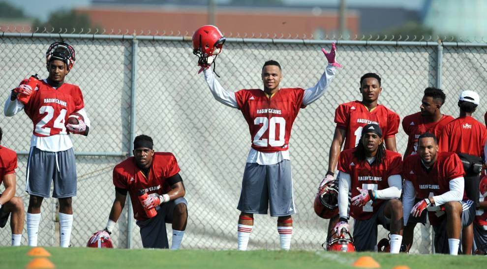 Cajuns' Dominick Jones has a head for the game _lowres
