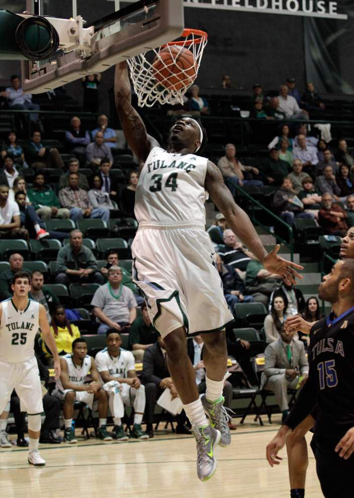 They're still here: Seniors Jay Hook and Tre Drye have weathered some stormy days at Tulane _lowres