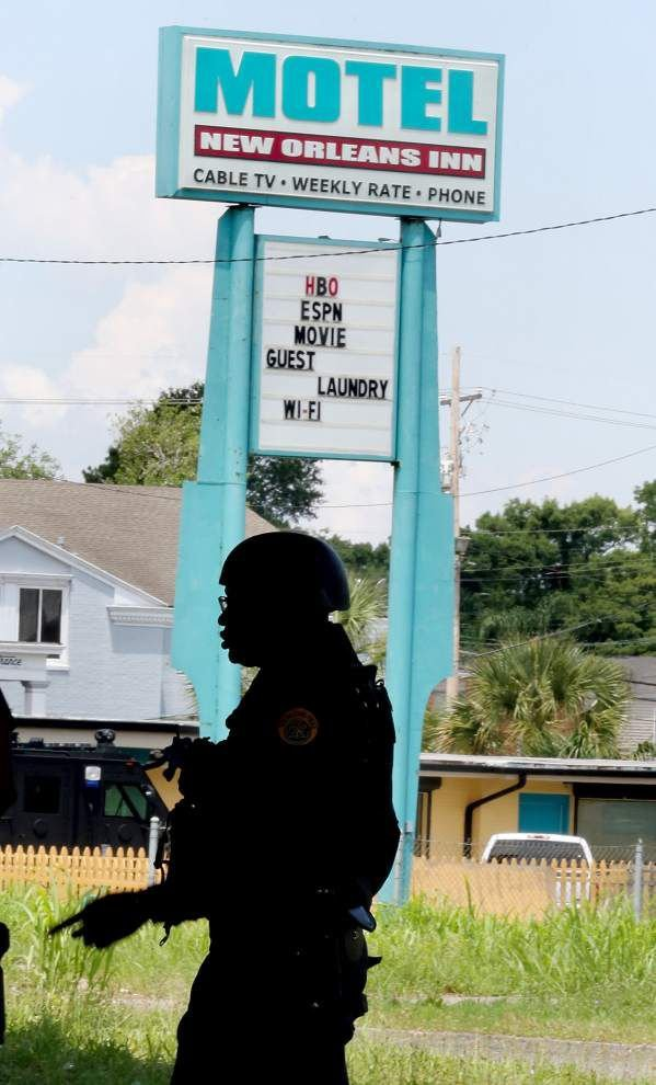 SWAT stand-off ends in east _lowres