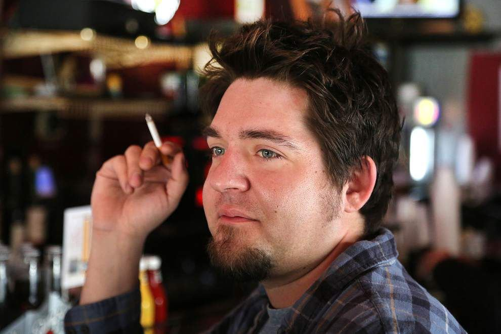 Proposal to ban smoking in N.O. bars ignites citywide debate _lowres