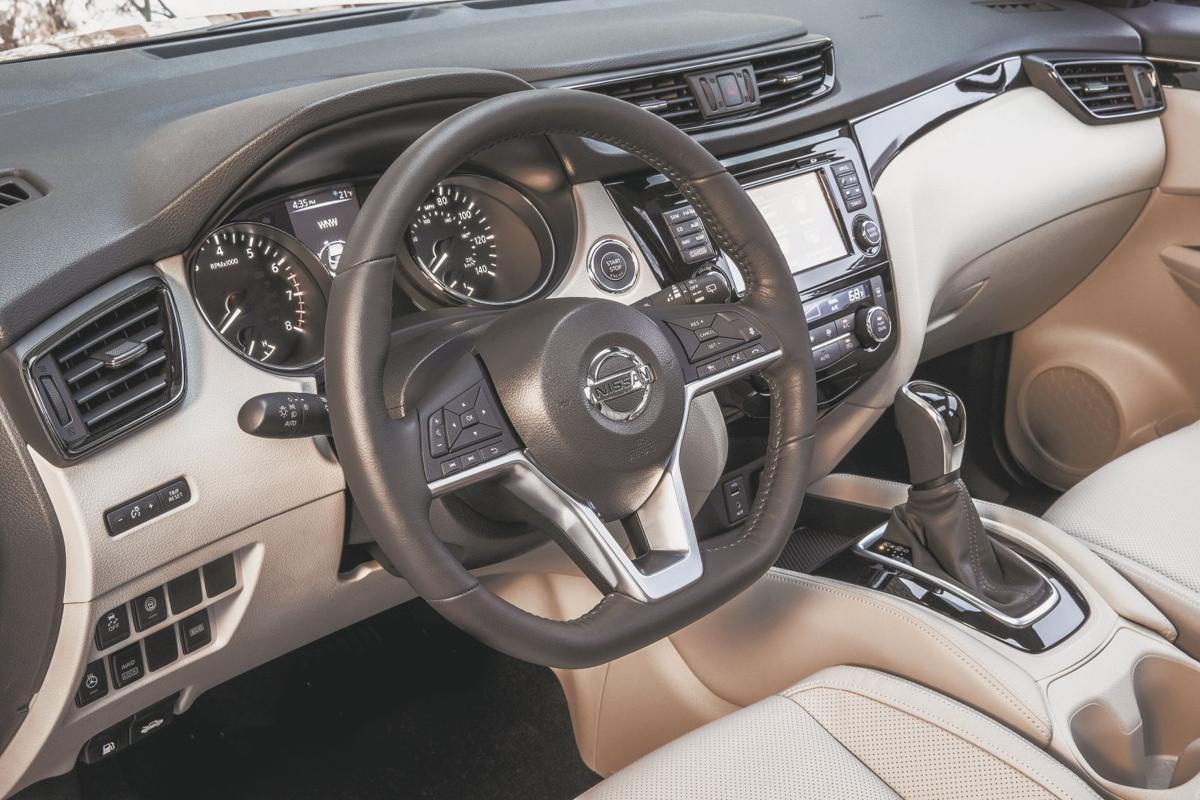 2017 Nissan Rogue Sport SL FWD