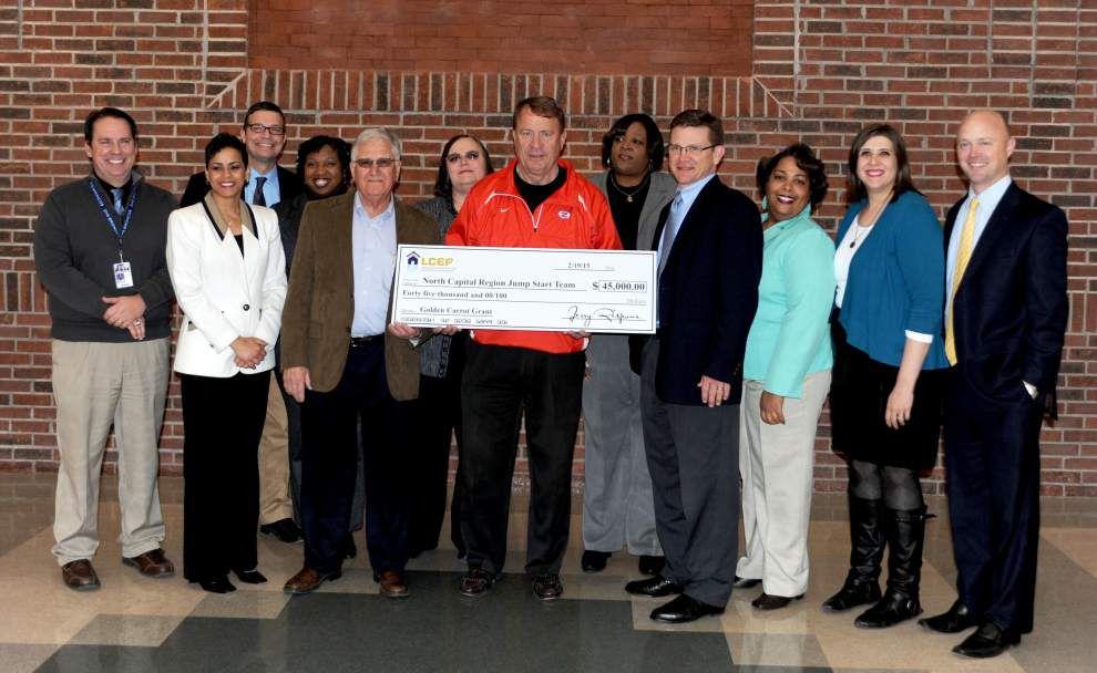 Jump Start team receives $45,000 Golden Carrot Grant _lowres