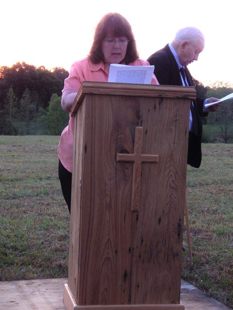 Feliciana churches unite for Easter sunrise service _lowres