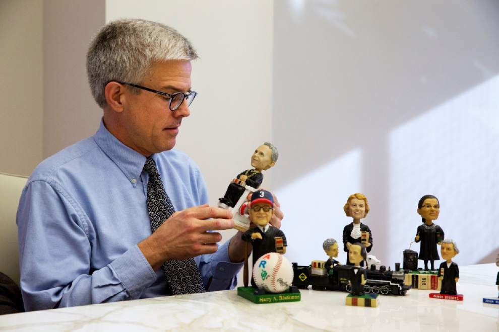 Bobbleheads honor Supreme Court justices _lowres