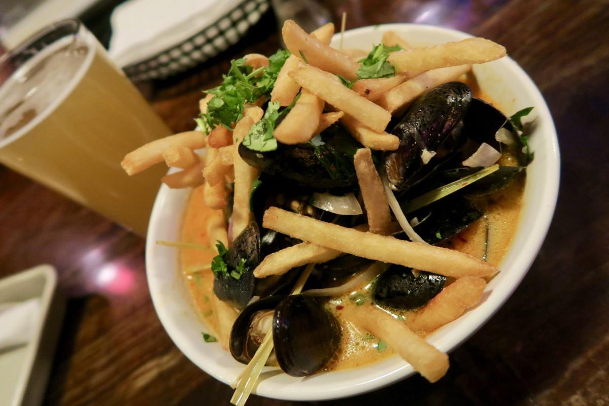 fharmacy mussels.jpg (copy)