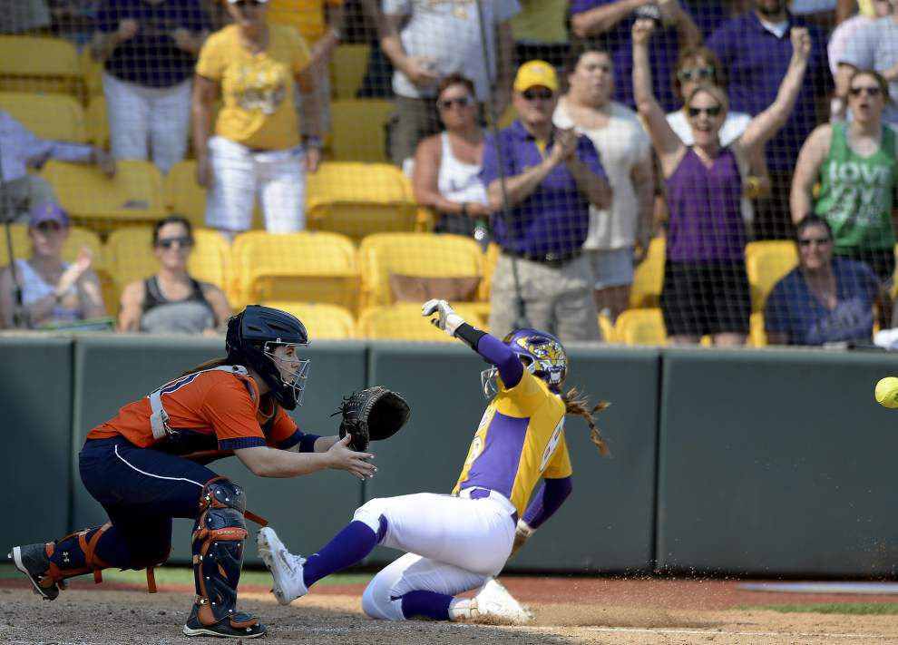 LSU wins finale against Auburn 7-1, earns first-round bye at SEC softball tournament _lowres