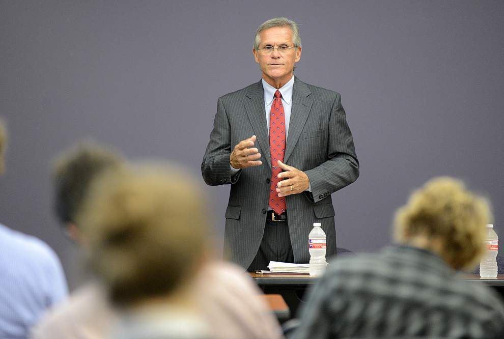 Professor tells Press Club it's unknown how much scandal hurt district attorney _lowres