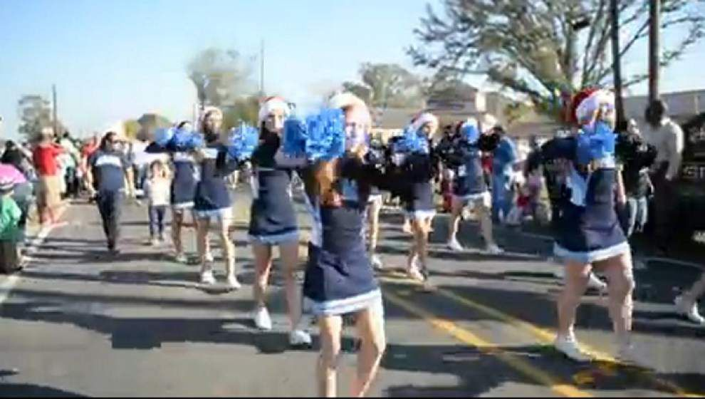 Annual Ascension Christmas parade rolls through Gonzales _lowres