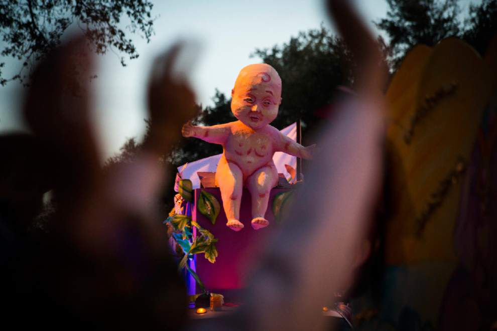 Photos: Proteus, Orpheus roll in Uptown New Orleans, dazzle Lundi Gras crowd before the big day _lowres
