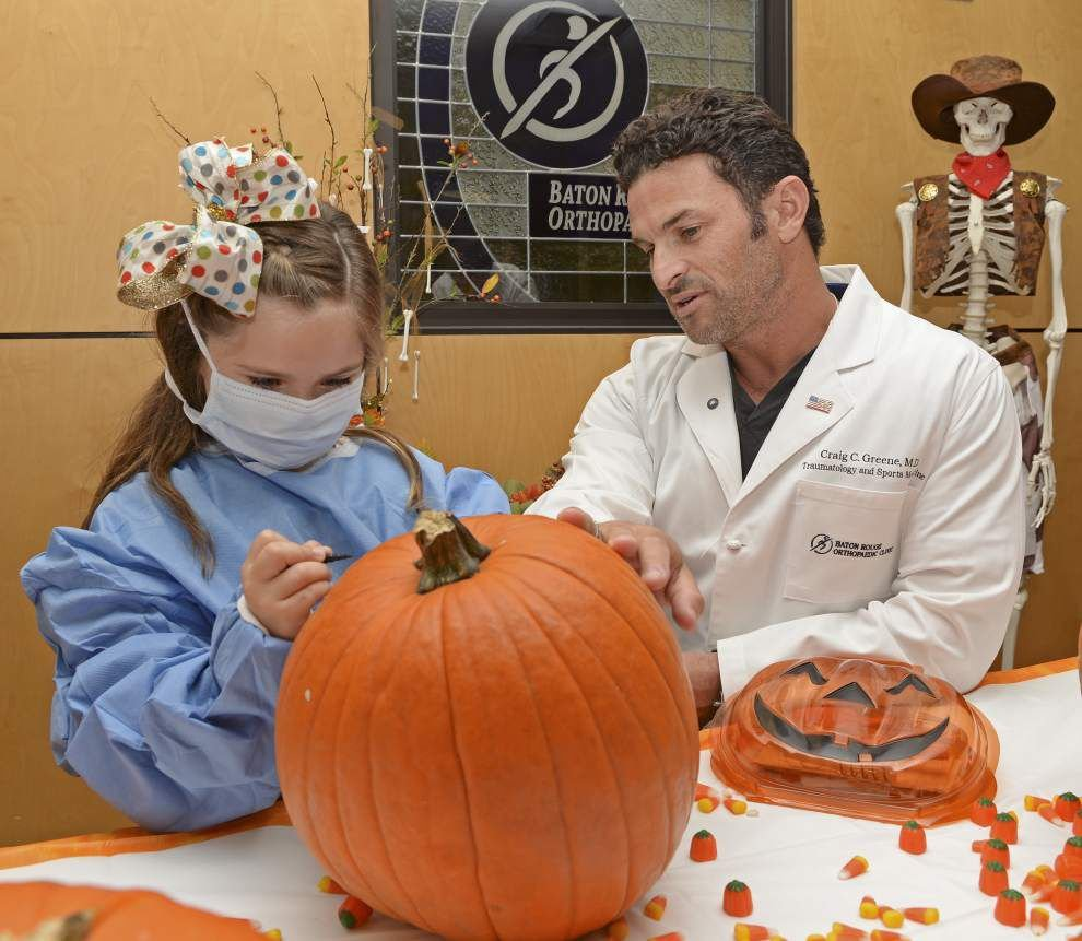 Photos: 'Operation Pumpkin' puts kids, doctors together to carve Halloween pumpkins _lowres