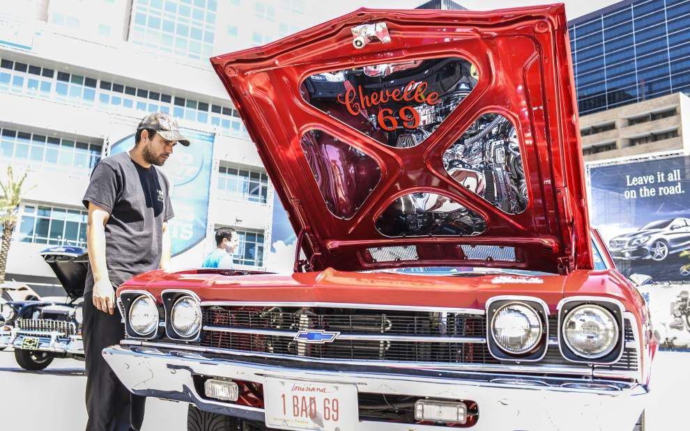 Cars, motorcycles on display for Indy Race Day _lowres