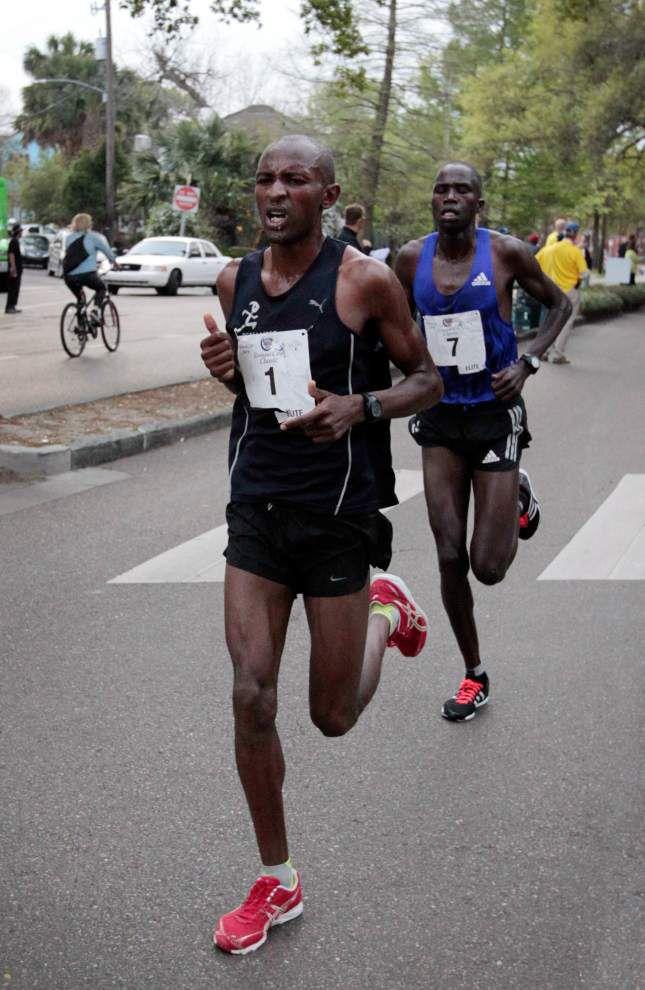 John Muritu repeats as Crescent City Classic champion; Buze Diriba claims women's title _lowres