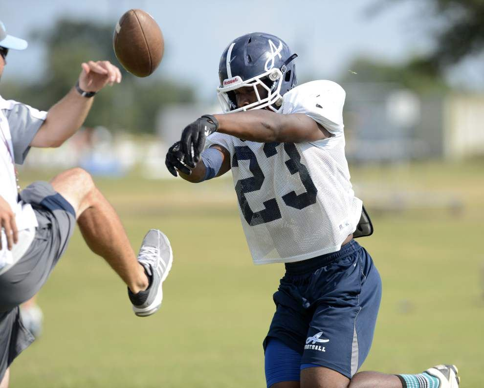 Ascension Episcopal's Ja'Ciery Linzer a surprising rising star _lowres