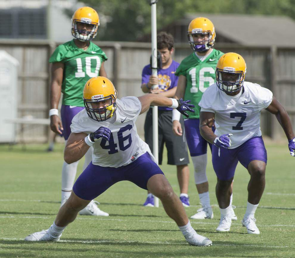 LSU walk-on John David Moore, converted wideout Tony Upchurch fill a vital need at fullback _lowres