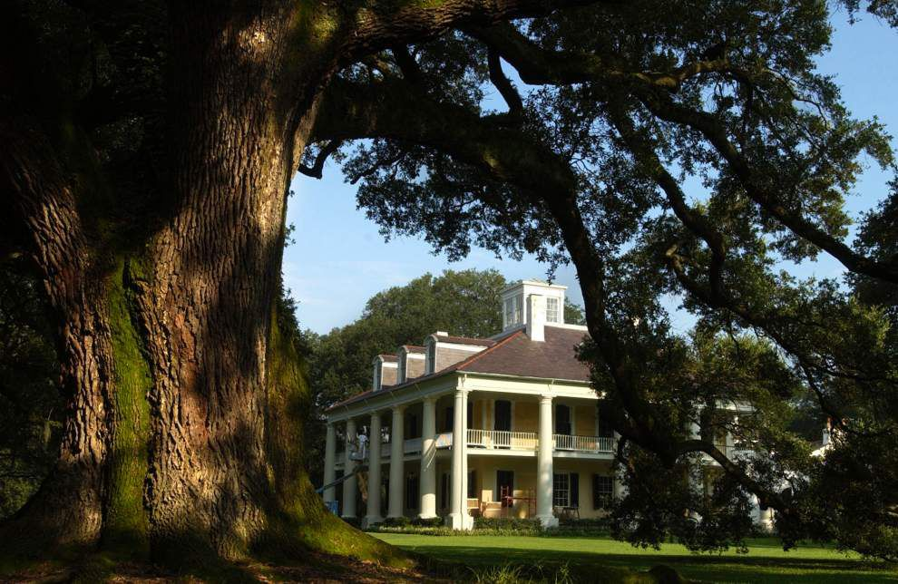 Houmas House, Oak Alley among travel site's Top 20 historic home tours; vote for your favorite _lowres
