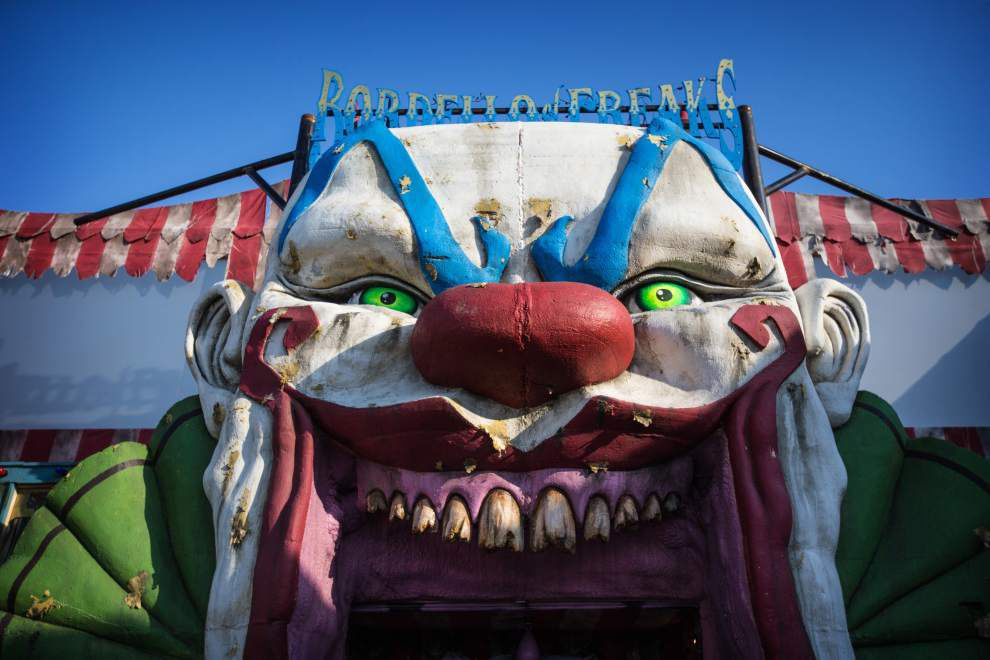 Photos: Gruesome clowns, mortuary, graveyard, more ... look inside House of Shock's scream palace _lowres