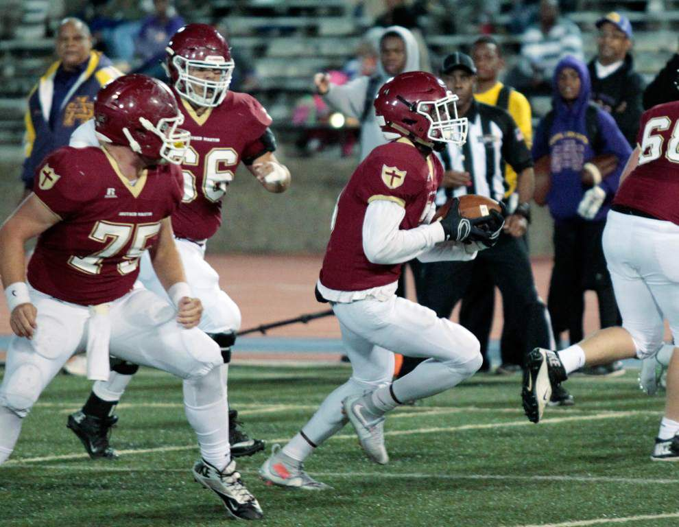 Holy Cross' rugged ride through the Catholic League continues with Brother Martin _lowres