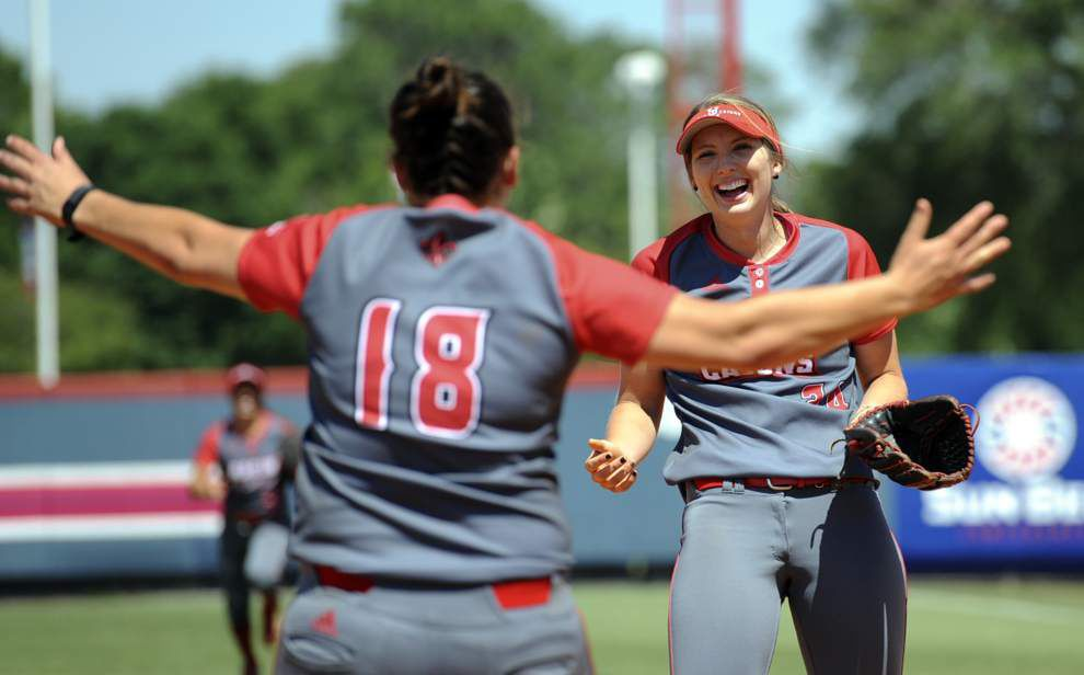 'Today was her day': Macey Smith holds Texas State hitless as the Cajuns score another Sun Belt softball title _lowres