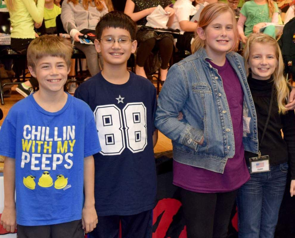 5th-grade Runnels students complete DARE program _lowres