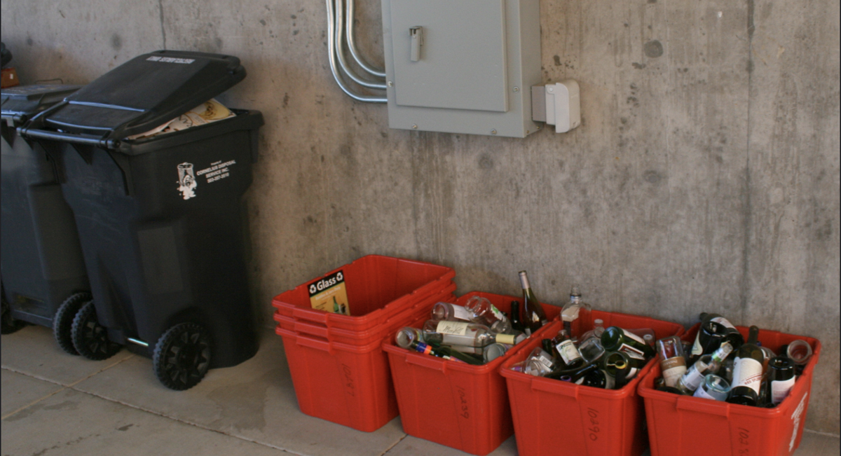 City temporarily suspends glass recycling; adds composting option for residents_lowres