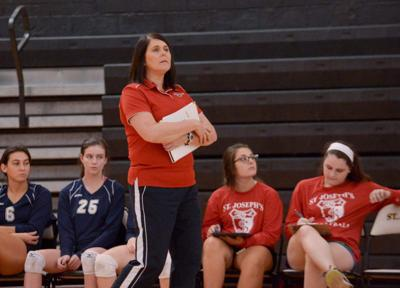 Volleyball coaches concerned with MaxPrep system _lowres