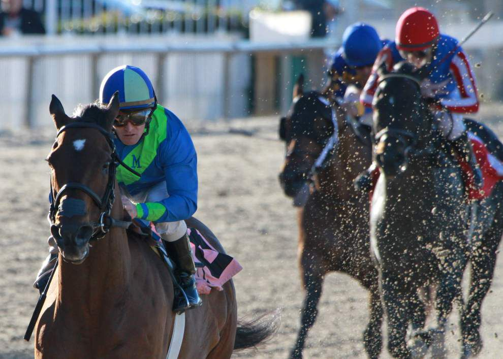 Delaunay sails to win Thanksgiving Handicap at Fair Grounds _lowres