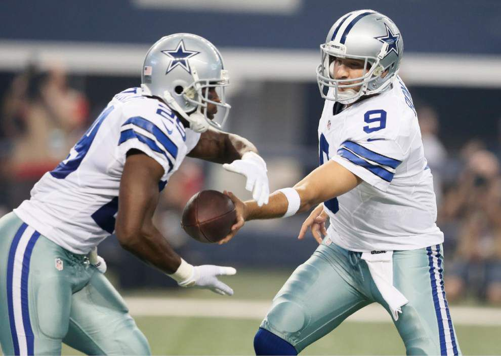 Tony Romo's back holds up in first game test _lowres