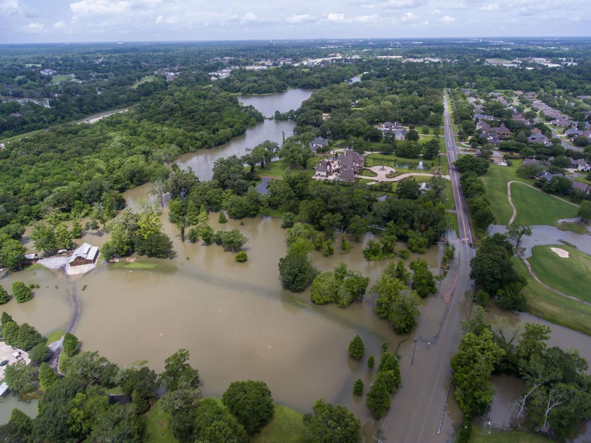BR. flooding manchac 003.JPG