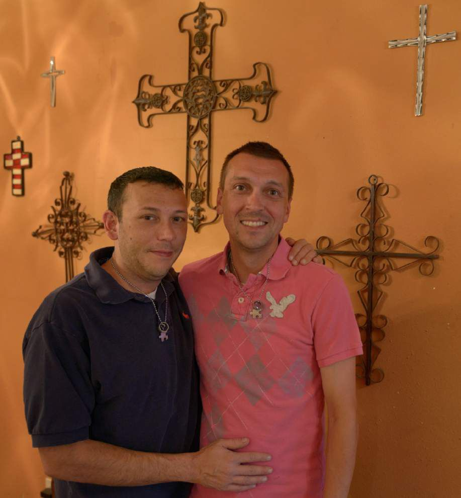 Couple suing to have same-sex marriage performed in Iowa recognized in Louisiana _lowres