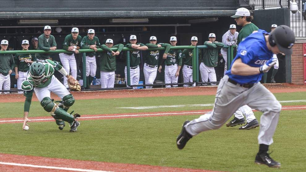 Tulane cashes in in the 9th inning again, rallying past Creighton 3-2 for the series win _lowres