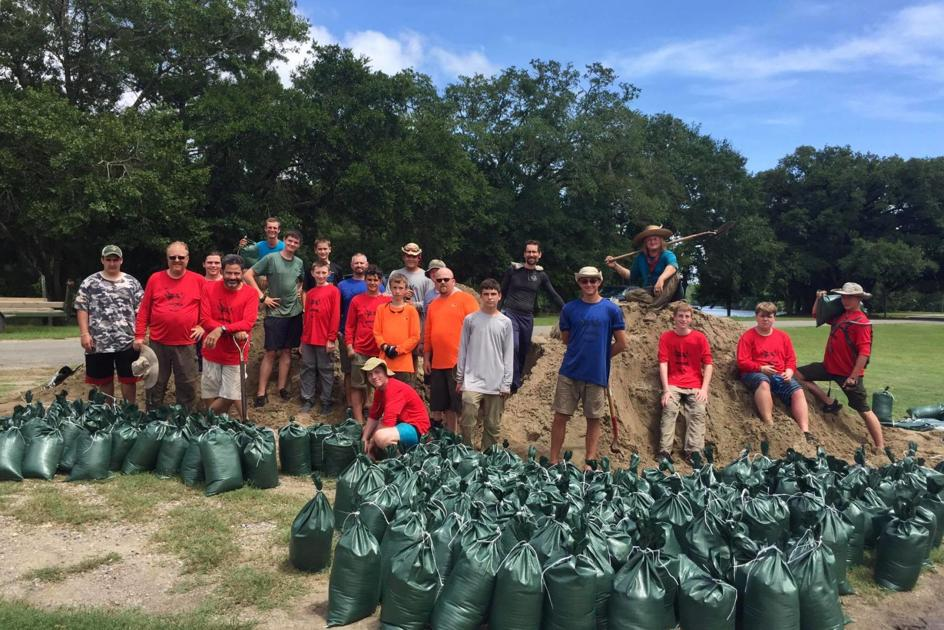 Scouts from Pennsylvania and Missouri lend helping hand during Barry after canoeing trek interrupted