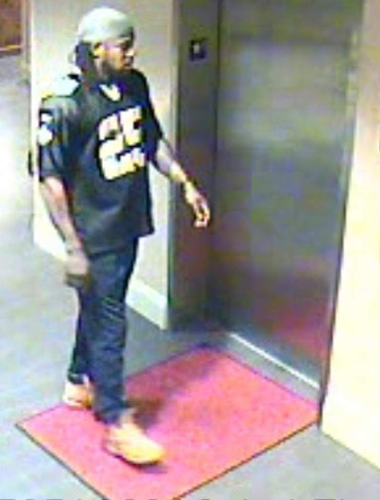 Sheriff's Office: Two armed men rob, tie up two women staying at Hampton Inn in Baton Rouge _lowres