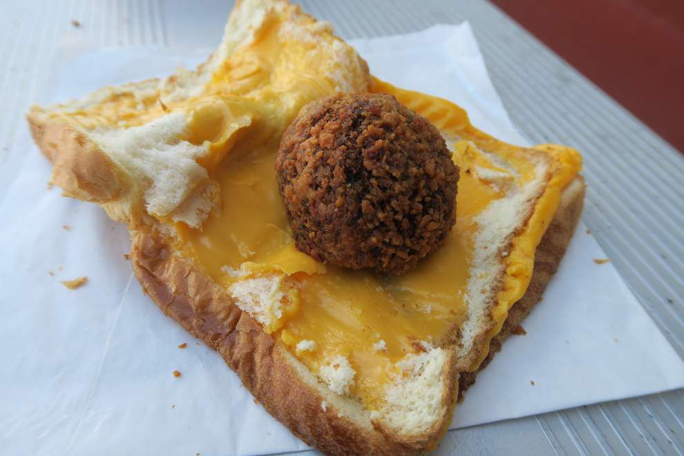 DIY Jazz Fest food: boudin grilled cheese, an Acadiana/Americana original _lowres