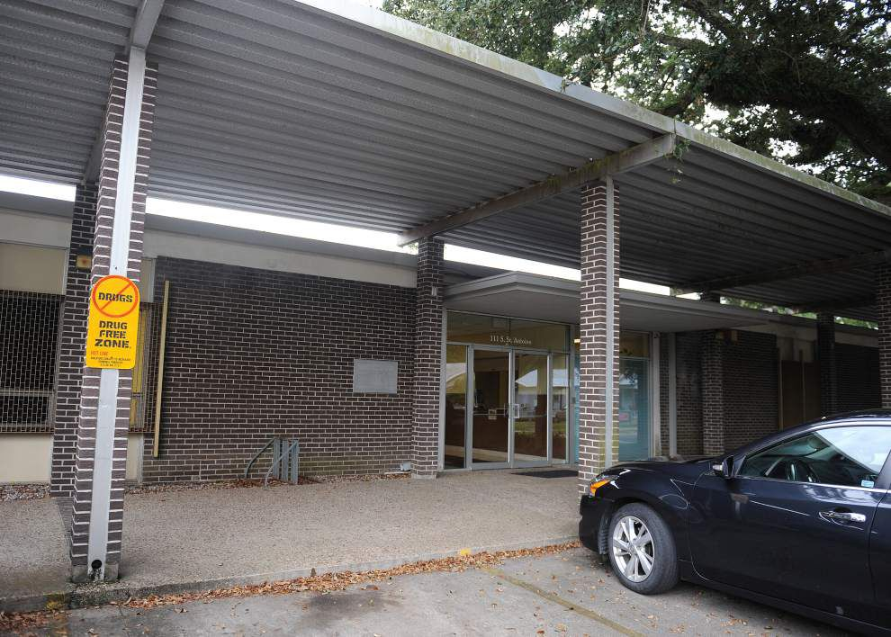 Lafayette School Board moving forward with new high school and other projects _lowres