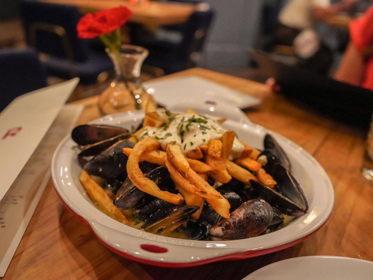 Rouj Creole - Moules Frites.jpg