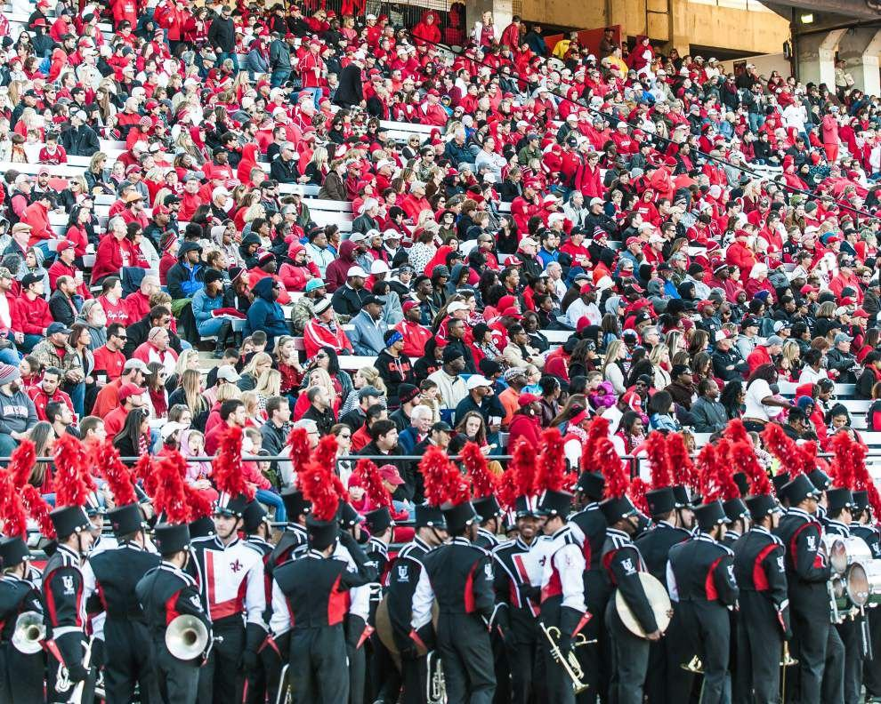 Pride of Acadiana band heads to N.O. _lowres