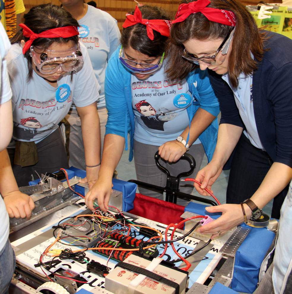 Academy of Our Lady robotics team benefits from regional competition _lowres