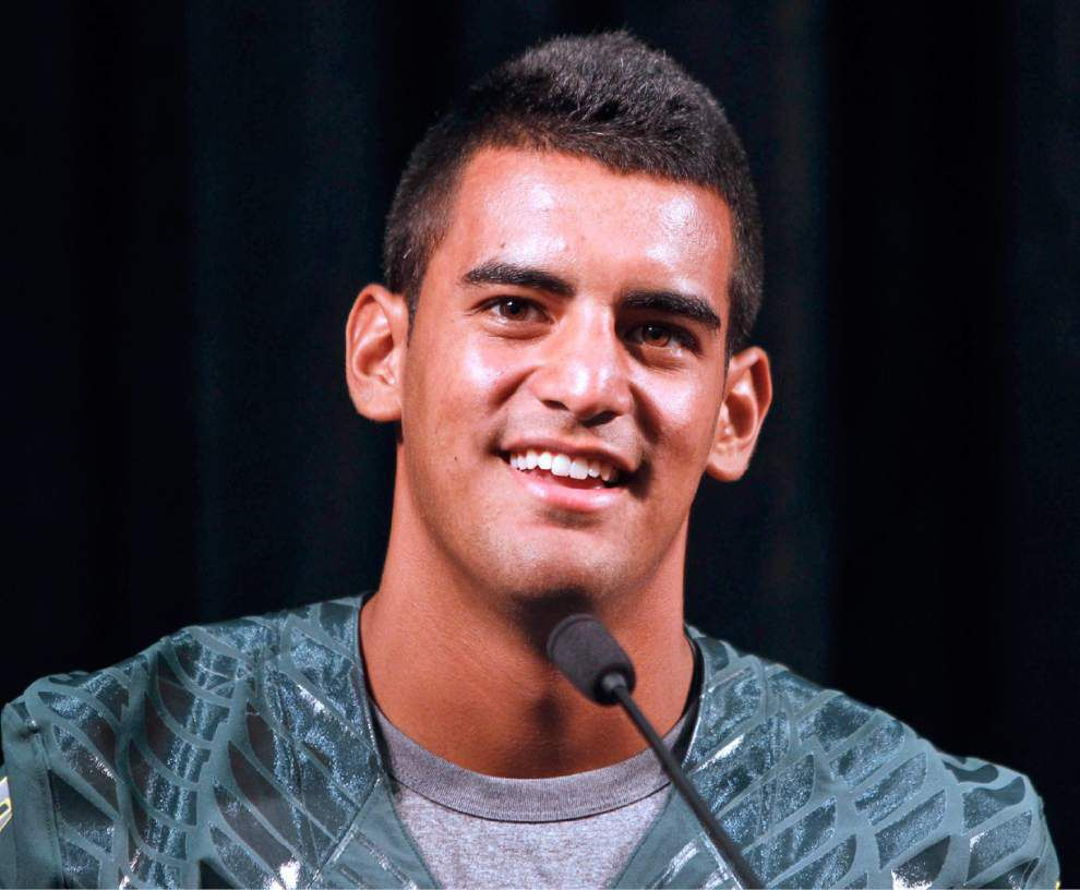 Oregon quarterback Marcus Mariota named AP's top college football player _lowres