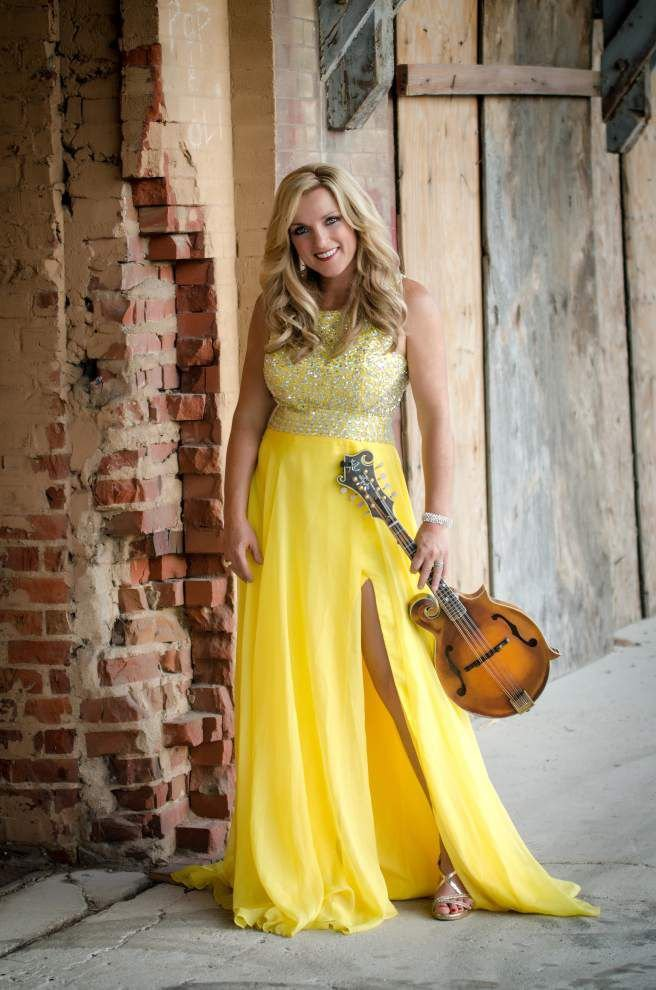 The music she loves: Rhonda Vincent embraces her bluegrass roots _lowres
