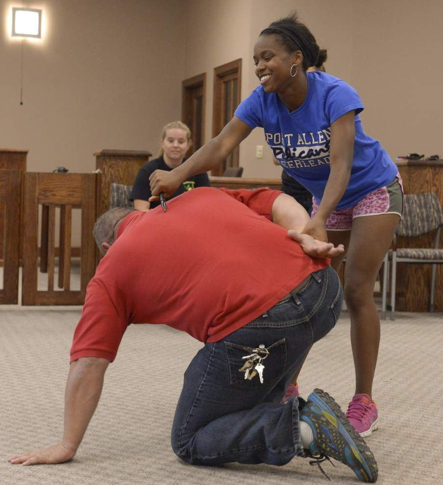 Port Allen neighborhood watch group focused on helping residents learn self-defense skills to protect against crime _lowres