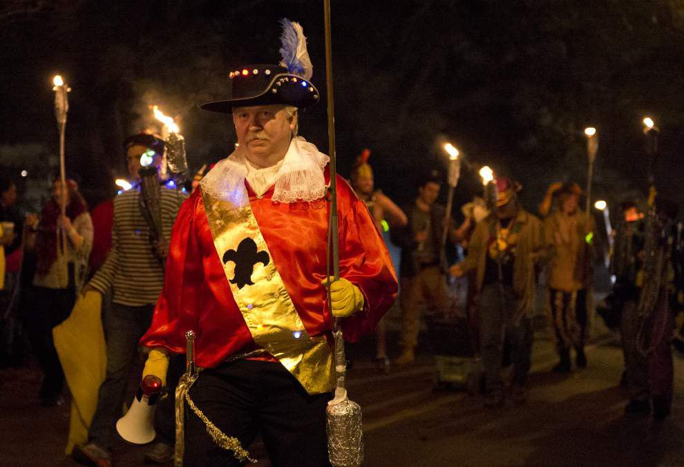 The Krewe of Southdowns rolls in Capital City _lowres