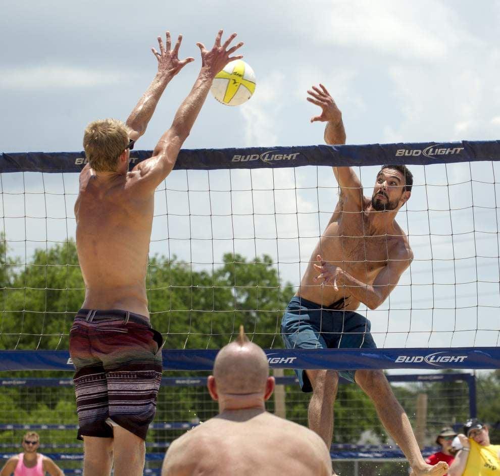 Bensend has lofty volleyball goals _lowres