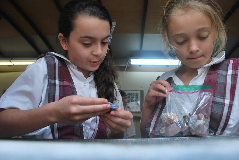 St. Ann School third-graders learn about rocks and minerals _lowres