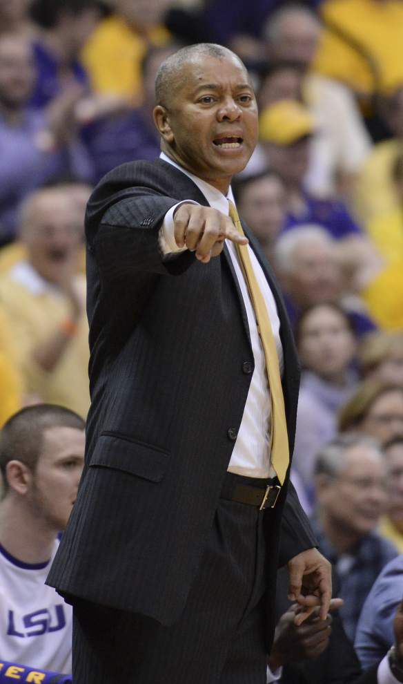 LSU opens second half of SEC play Saturday against Mississippi State; Tigers try to keep NCAA tournament hopes afloat _lowres