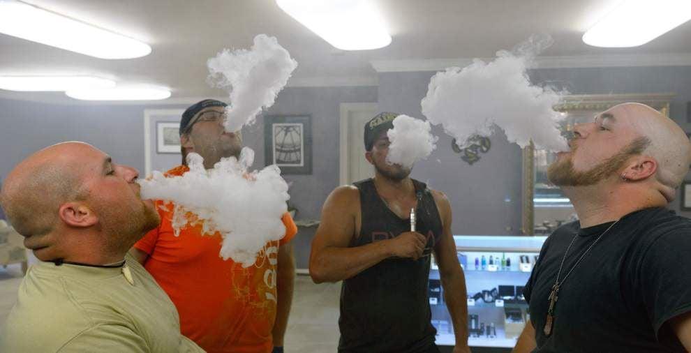E-cigarettes start to flourish amid its health concerns _lowres