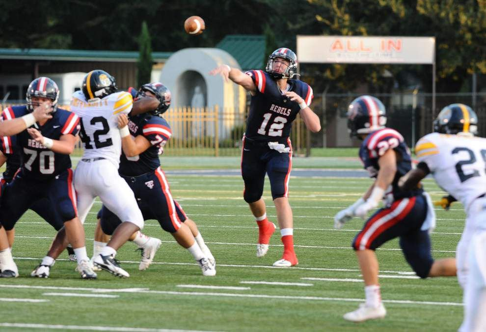 Cole Kelley carrying on Teurlings Catholic's solid quarterback tradition _lowres