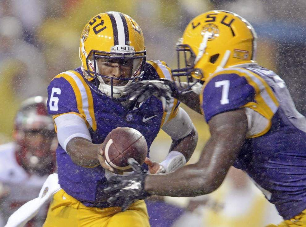 Lunch with Les: Miles claims Tigers facing 'crisis' as trip to Ole Miss looms _lowres