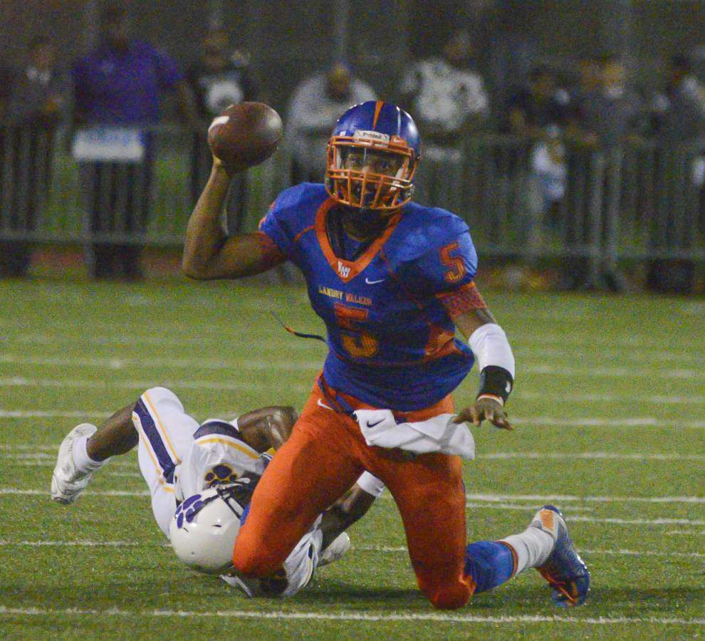 Wild comeback lifts Landry-Walker to 38-35 victory over Karr _lowres