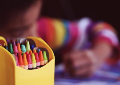 stock crayon box